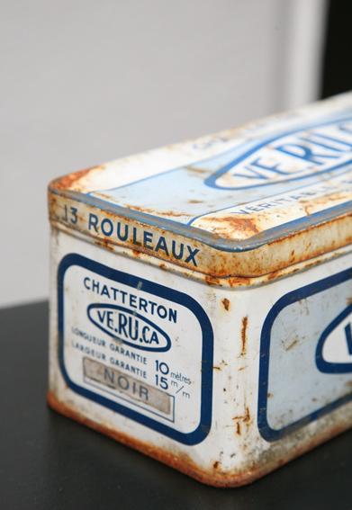 Boite ancienne Madame La Broc