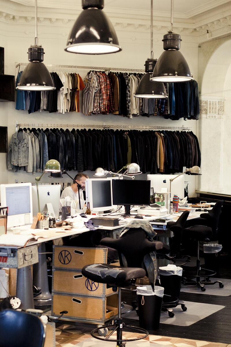 Home challenge au bureau des soci t s aux int rieurs originaux la parenth se d co - Bureau originaux ...