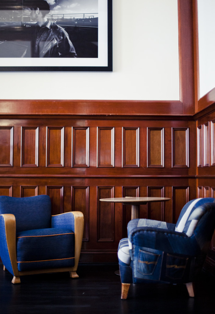 fauteuils en jean's - bureau originale - la parenthèse déco