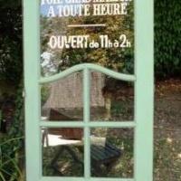 Idée récup' : que faire avec une porte ancienne ?