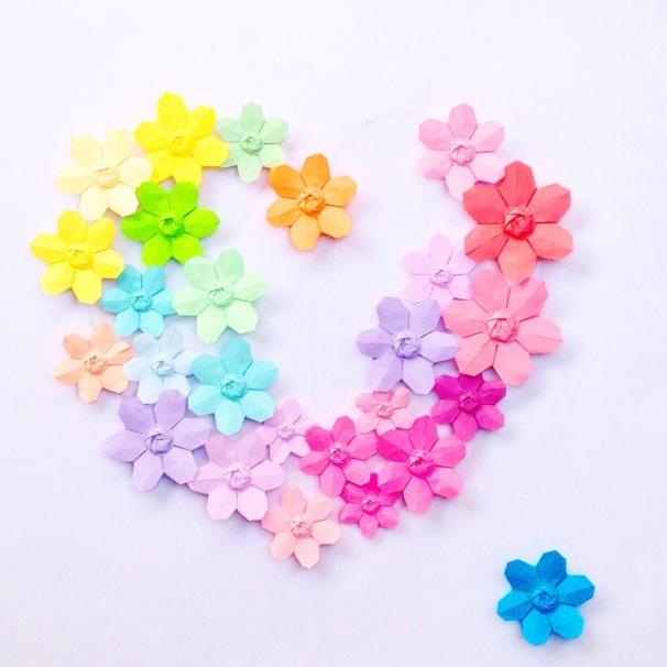 Fleurs en papier CCfaitdessiennes