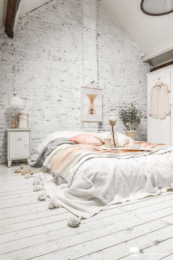 loft-briques-et-parquet-peint